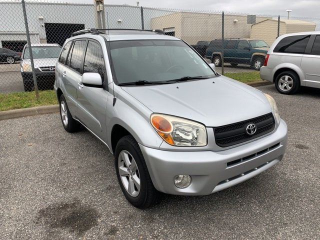 PRE-OWNED 2005 TOYOTA RAV4 BASE AWD